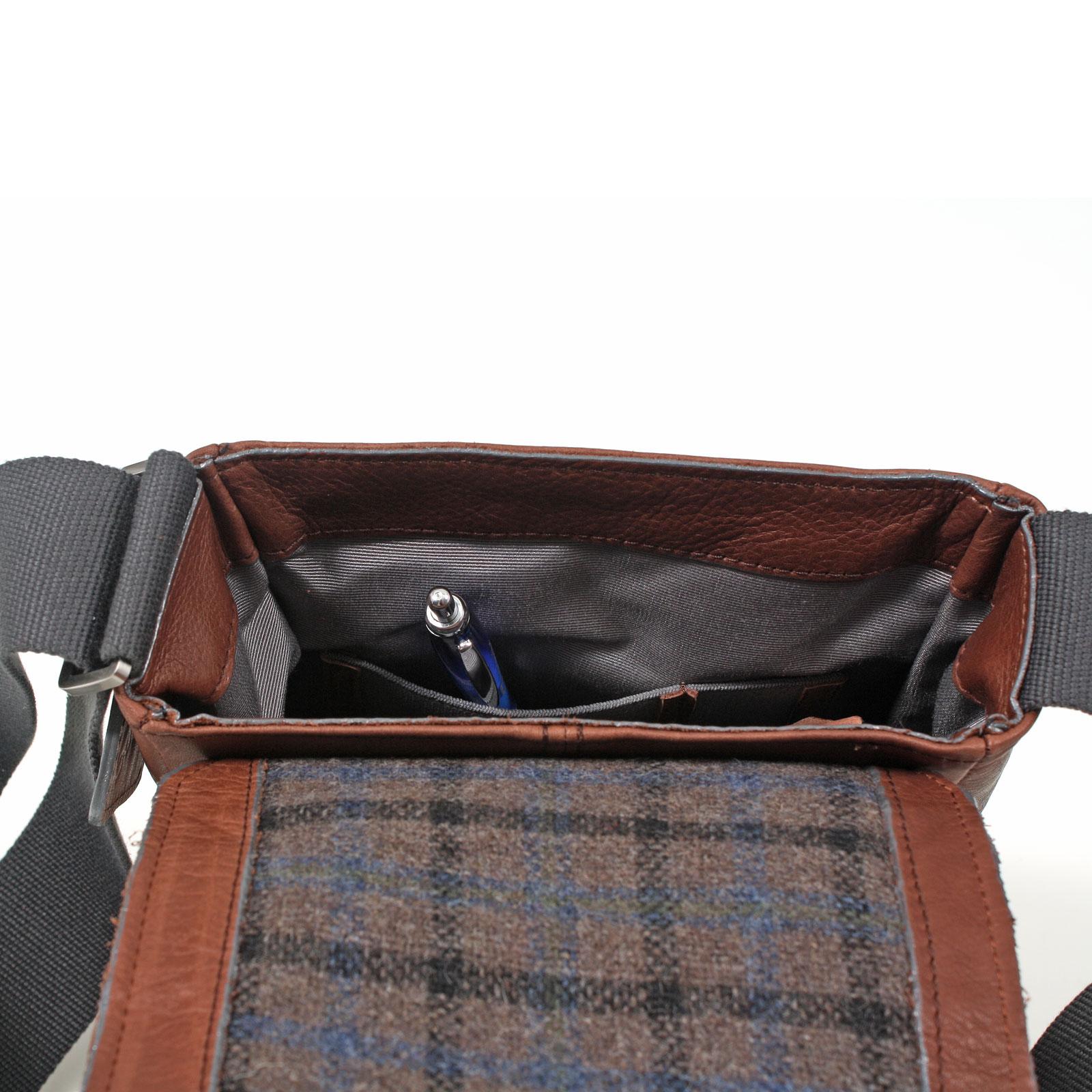 bugatti john d kuriertasche g nstig kaufen koffermarkt. Black Bedroom Furniture Sets. Home Design Ideas