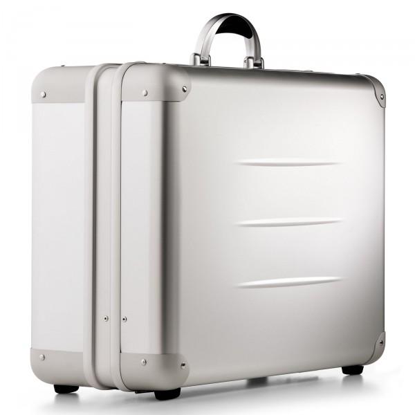 bwh Koffer ALUpur Typ 8 - Vorderseite